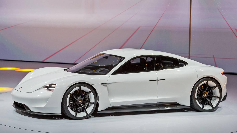 Prachtige Porsche witte kleur tentoonstelling